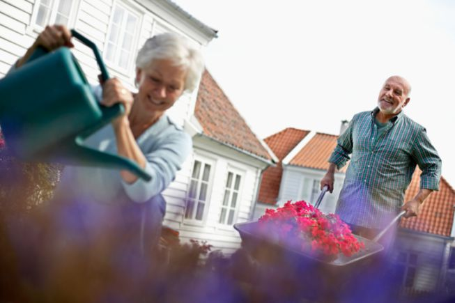 Staging_101_How_to_Improve_Your_Landscape_and_Gardens_Before_Showing_Your_Home