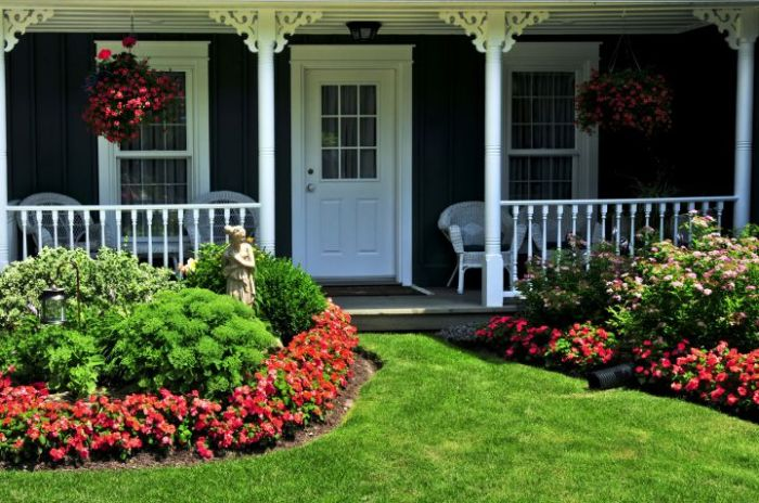 5_Easy_Ways_to_Brighten_up_Your_Curb_Appeal